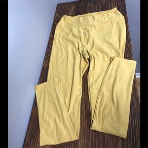 LuLaRoe one size butter leggings in yellow